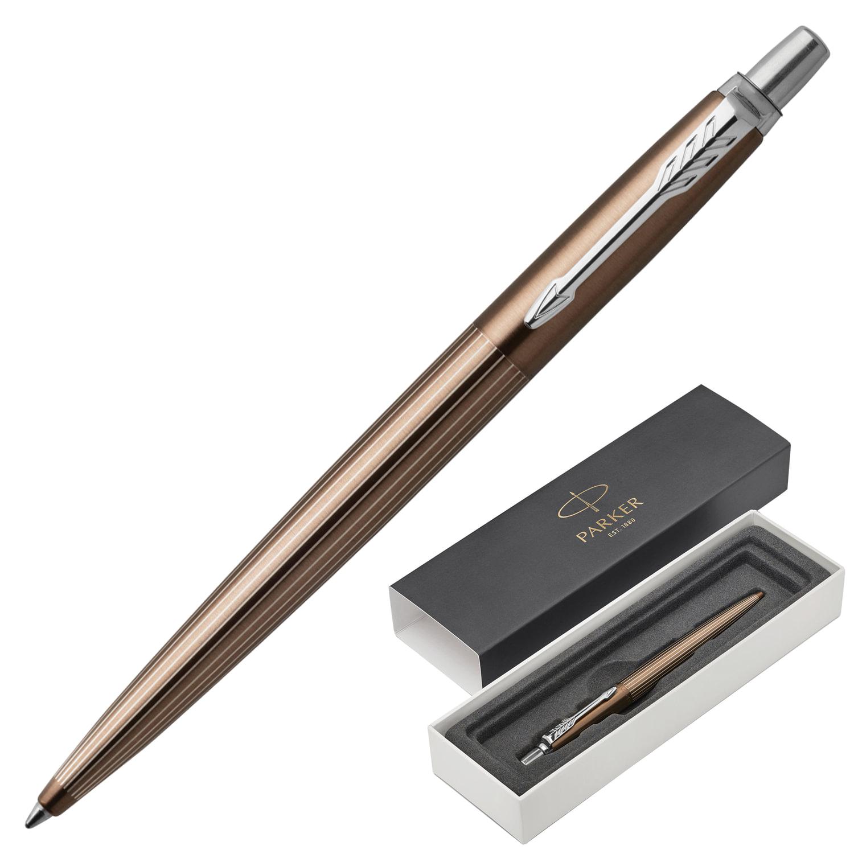 """Ручка шариковая PARKER """"Jotter Premium Carlisle Brown Pinstripe CT"""", корпус коричневый лак с гравировкой, синяя, 1953201"""